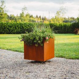 GrillSymbol Corten Steel Planter Ulla XL, 60x60x70 cm
