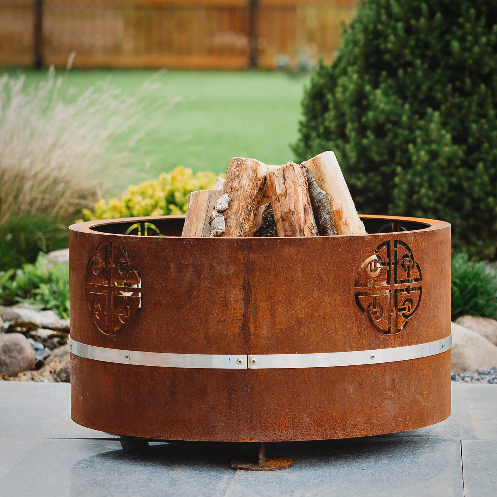 GrillSymbol Cor-Ten Steel Fire Pit Lucas Mini
